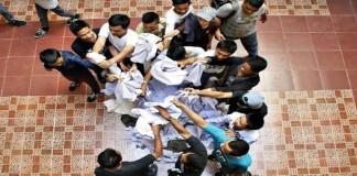 Pelajar SMK Muhammadiyah Makassar Kumpulkan Baju Untuk Siswa Kurang Mampu