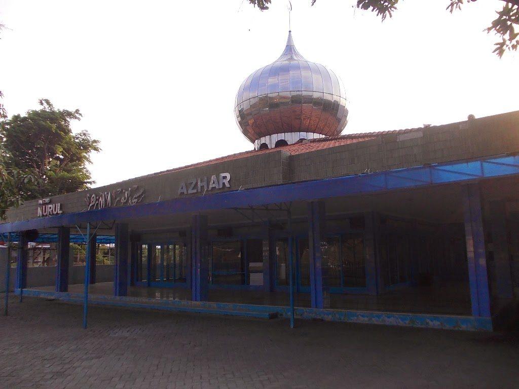 Masjid Nurul Azhar Yang Masih bertahan