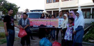 Angkatan Muda Muhammadiyah Aceh & Lazismu Bagikan Paket Ifthar Ramadhan Kepada Mustadha'fin