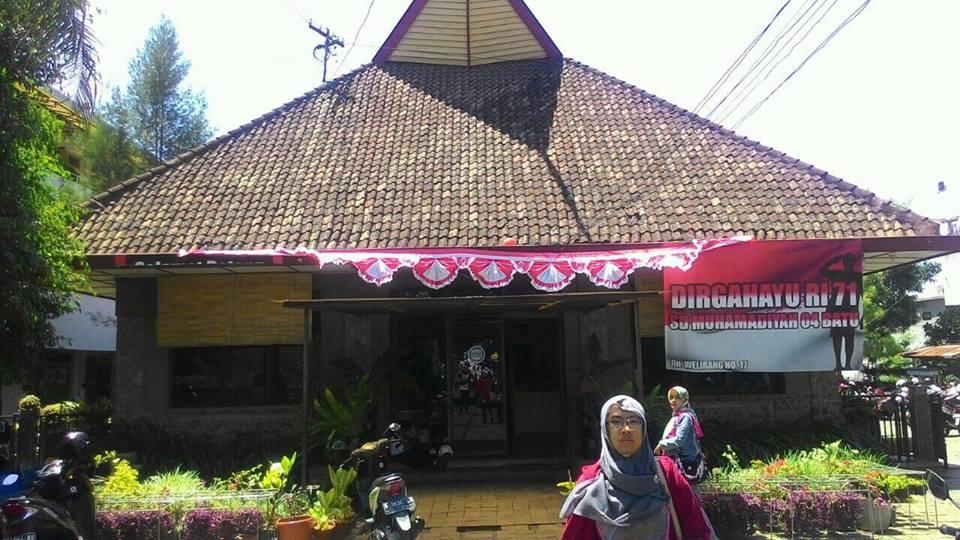 Pendopo SD Muhammadiyah Kota Batu (Foto: Ust.Tsalis Rifai ST)