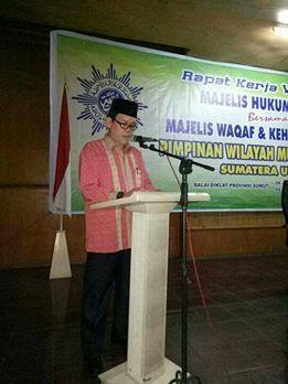 Dr.Amirsyah Tambunan, saat memberikan sambutan